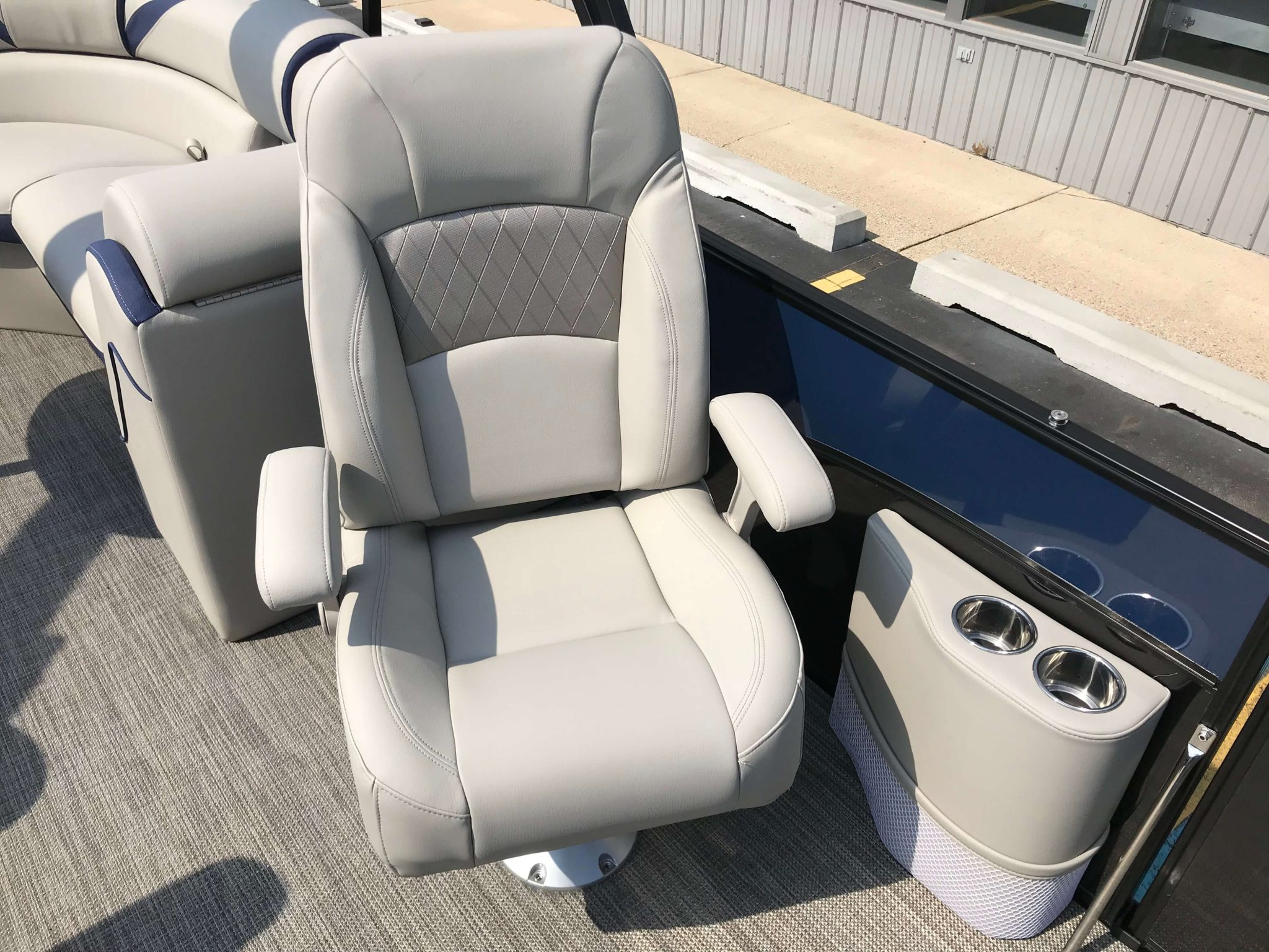 2019 Berkshire 23RFX STS Tritoon Port Side Co-Captains Chair