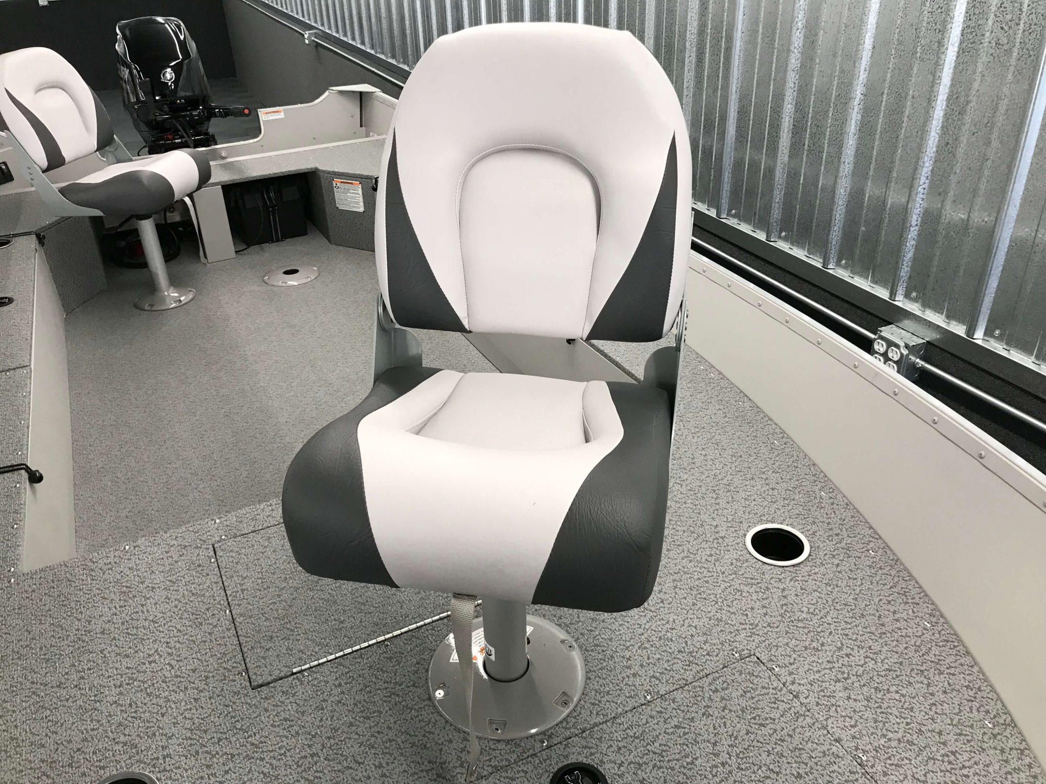 2019 Smoker Craft 16TL Angler Portable Fishing Chair