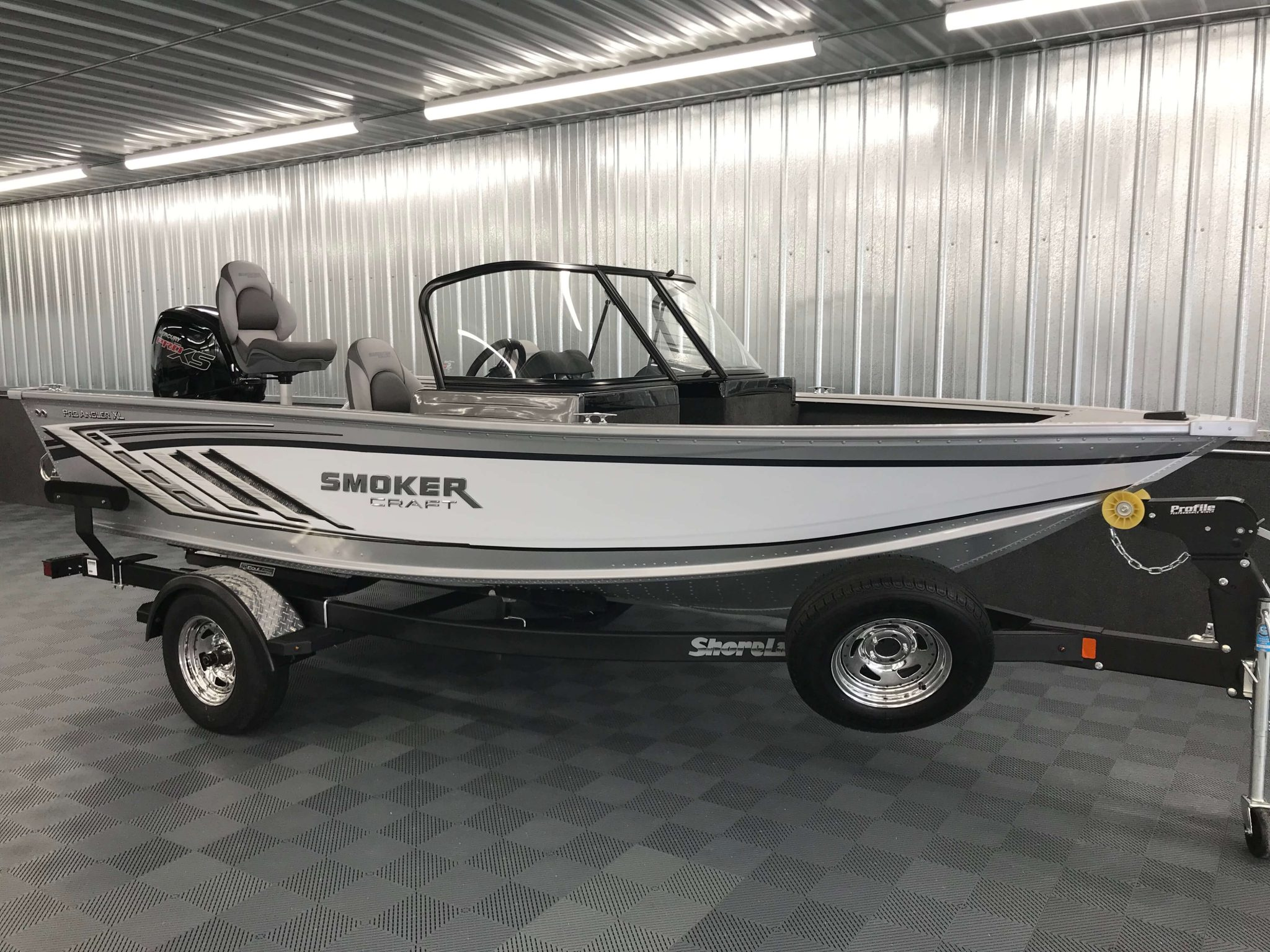 2019 Smoker Craft 172 Pro Angler XL White 1