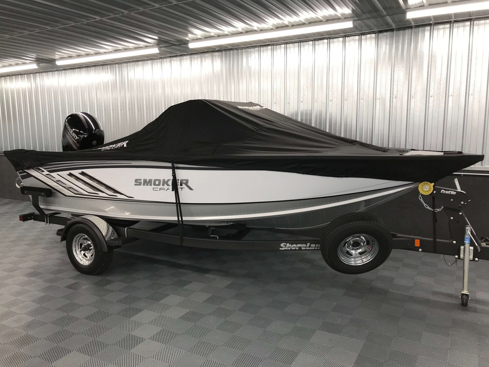 2019 Smoker Craft 182 Pro Angler XL Cover 1