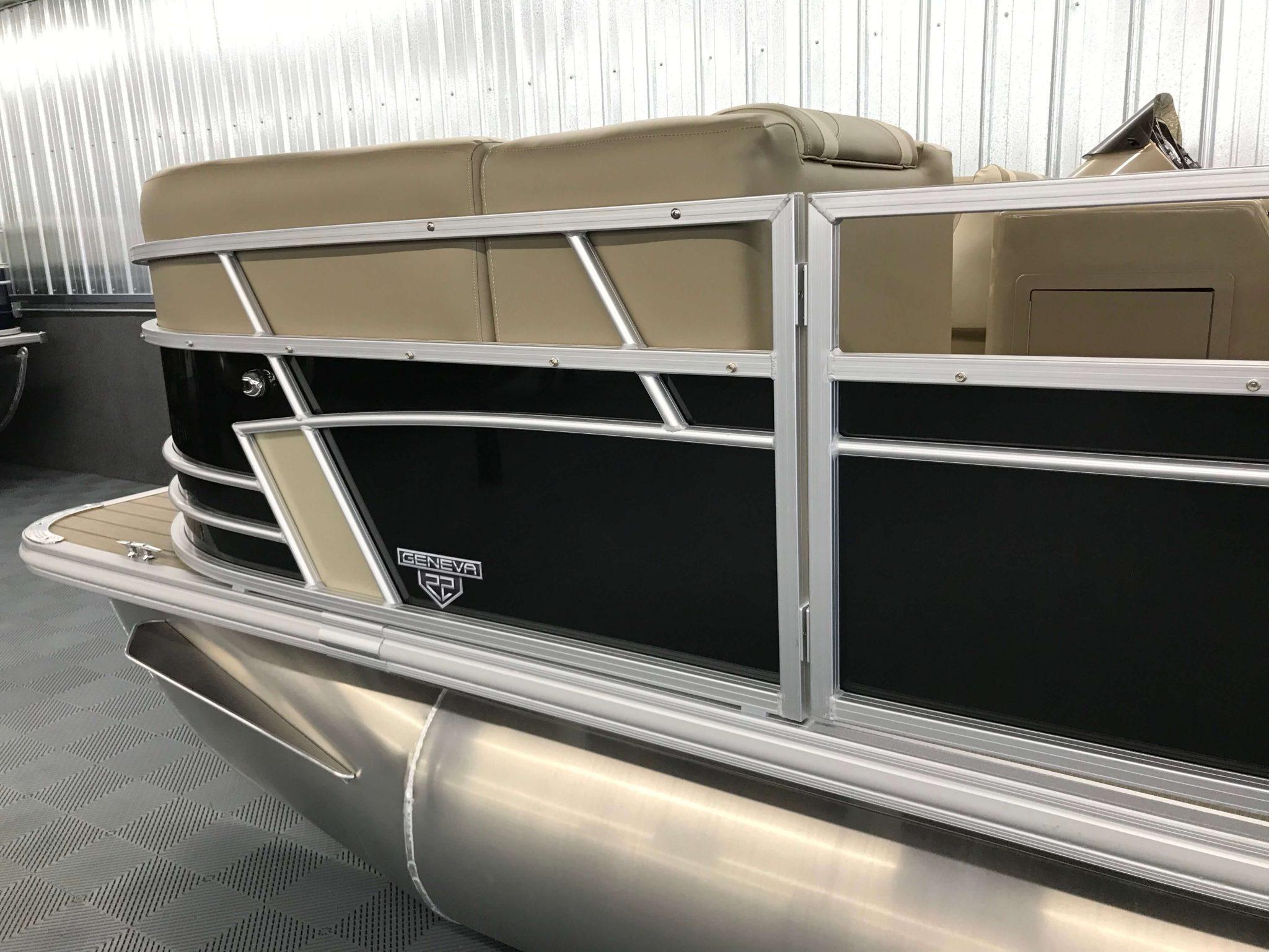 2019 SunChaser Geneva 22 LR Black 6