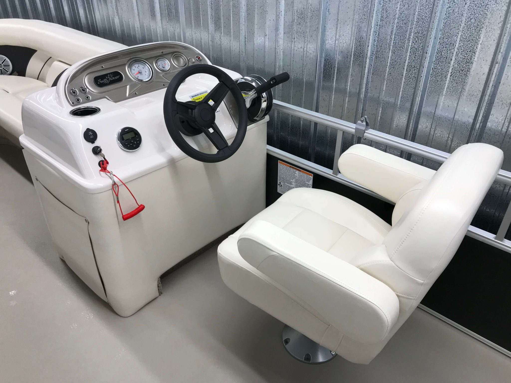 2019 SunChaser Oasis 820 Cruise Captains Chair And Helm