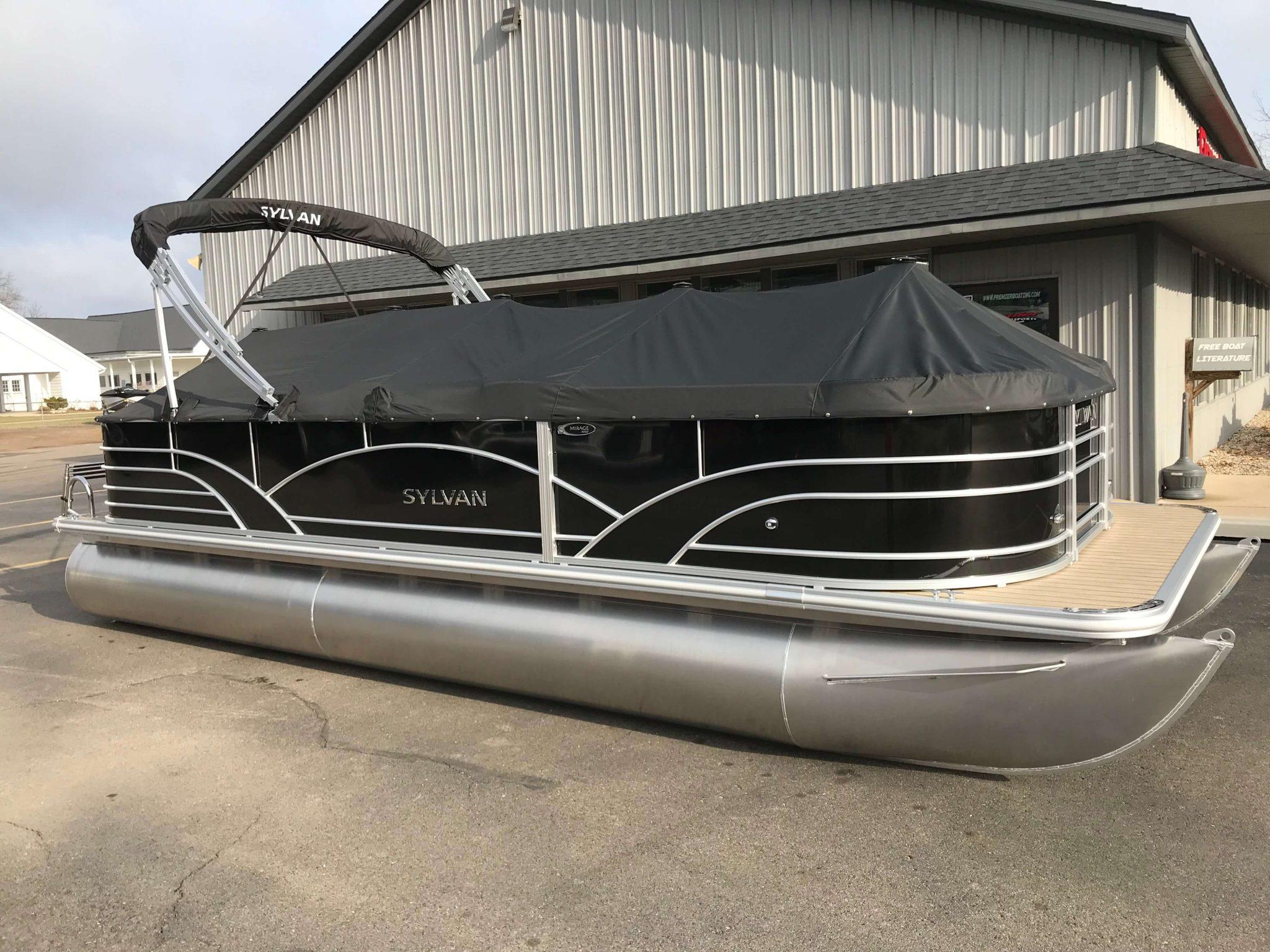 2019 Sylvan 8522 Cruise Black Cover