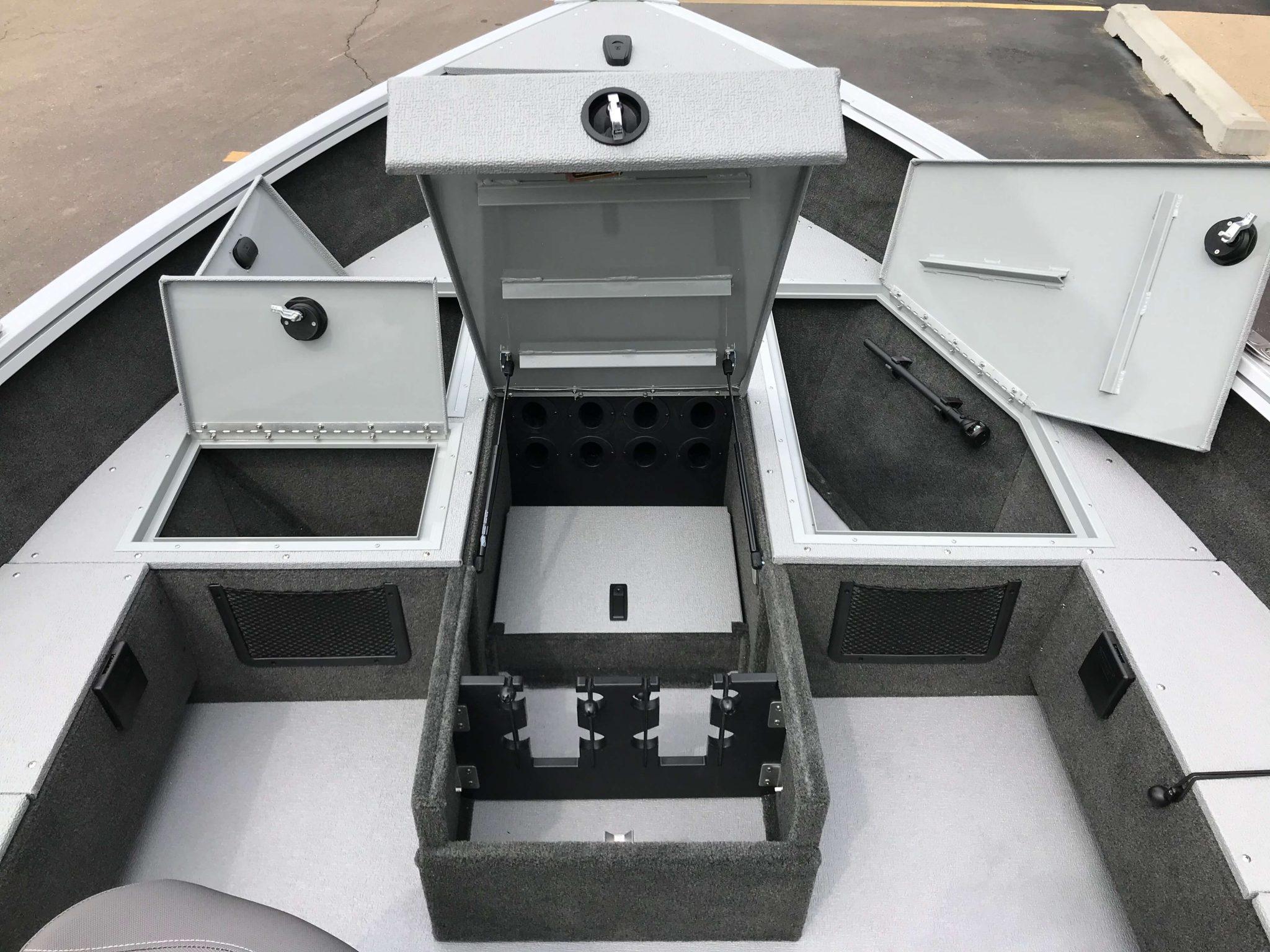 2019 Smoker Craft 160 Adventurer Tiller Storage