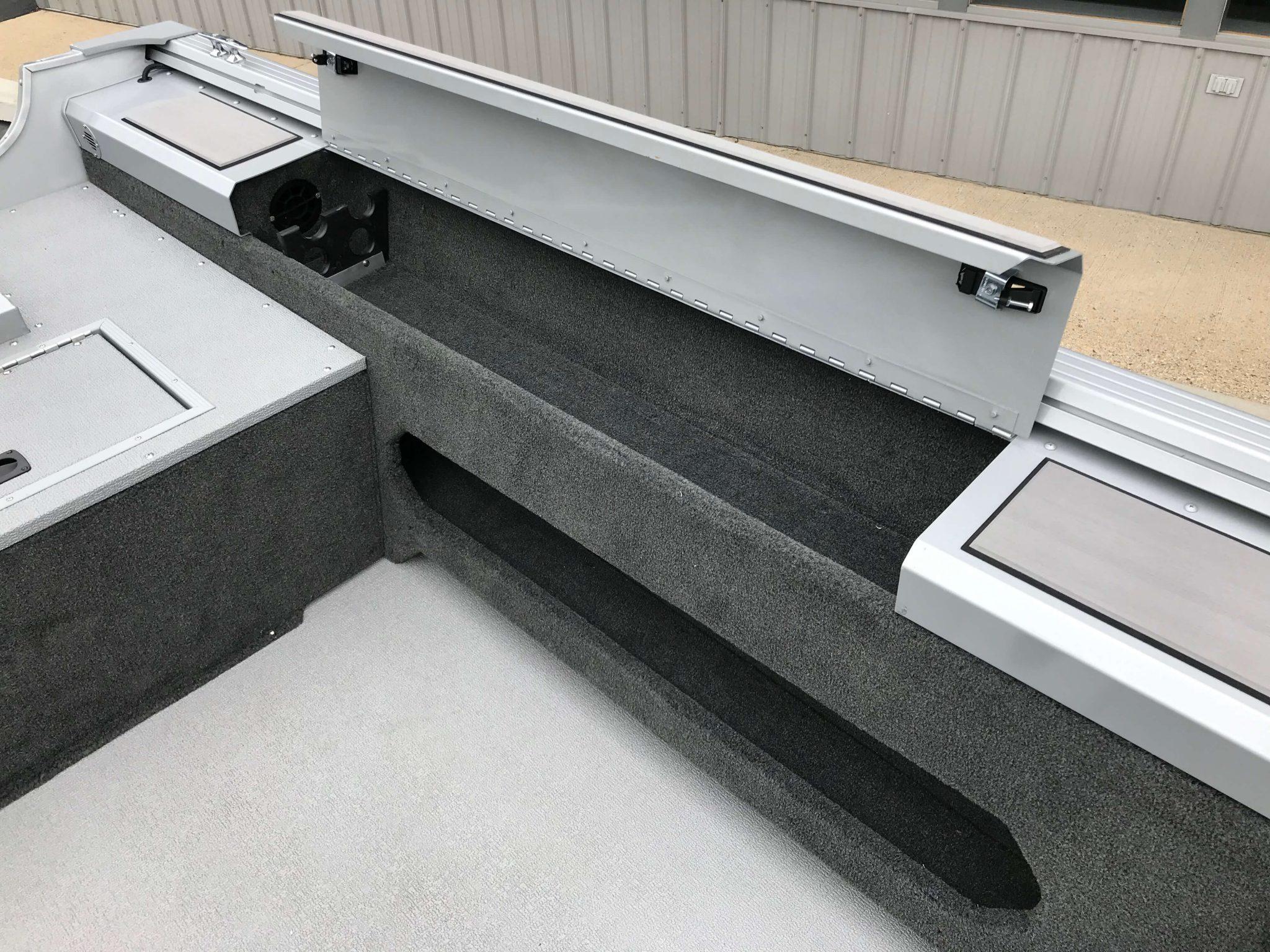 2019 Smoker Craft 161 Pro Angler XL Top Loading Rod Storage
