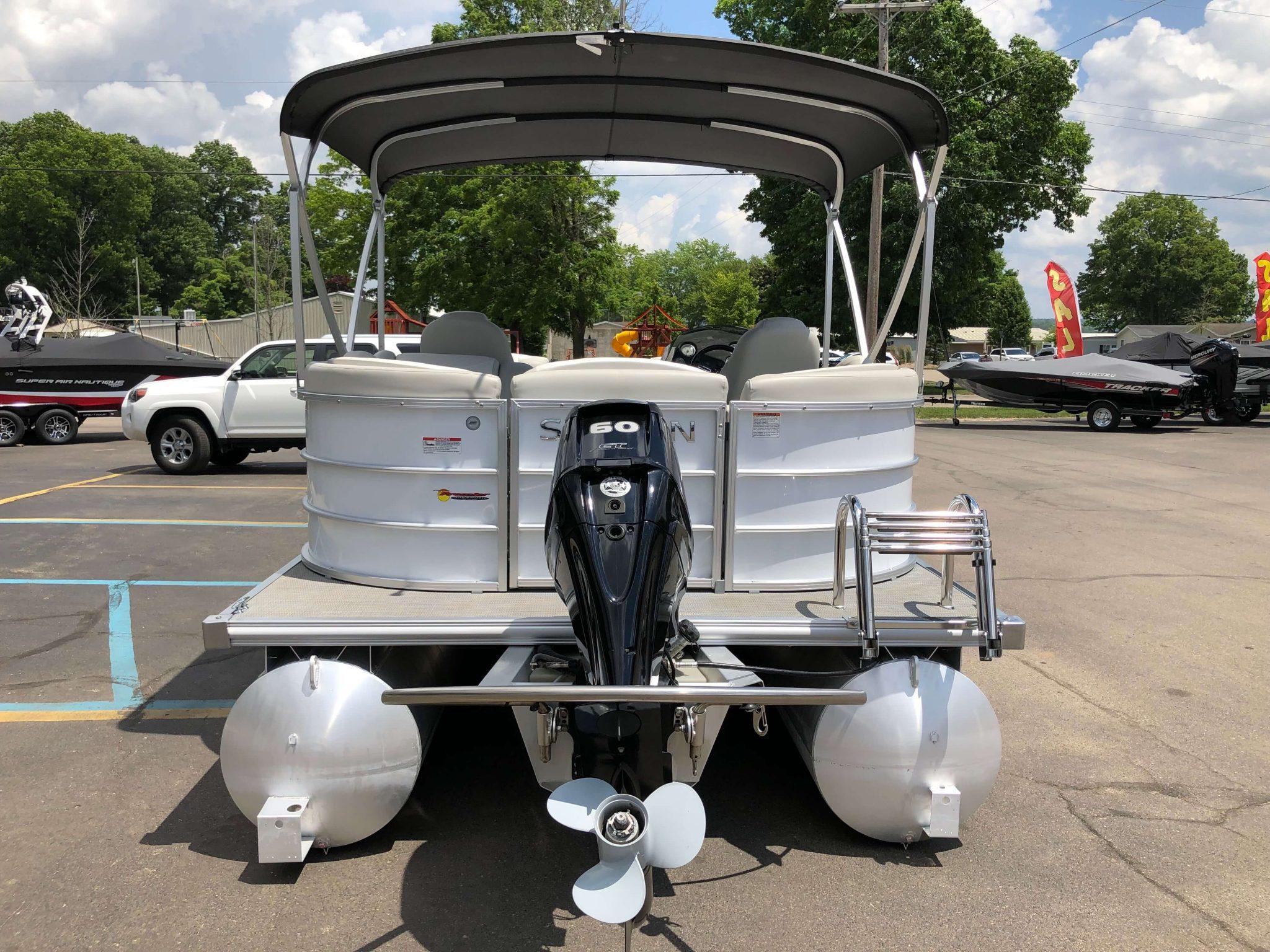 2016 Sylvan 8520 LZ LES Pontoon Boat 10