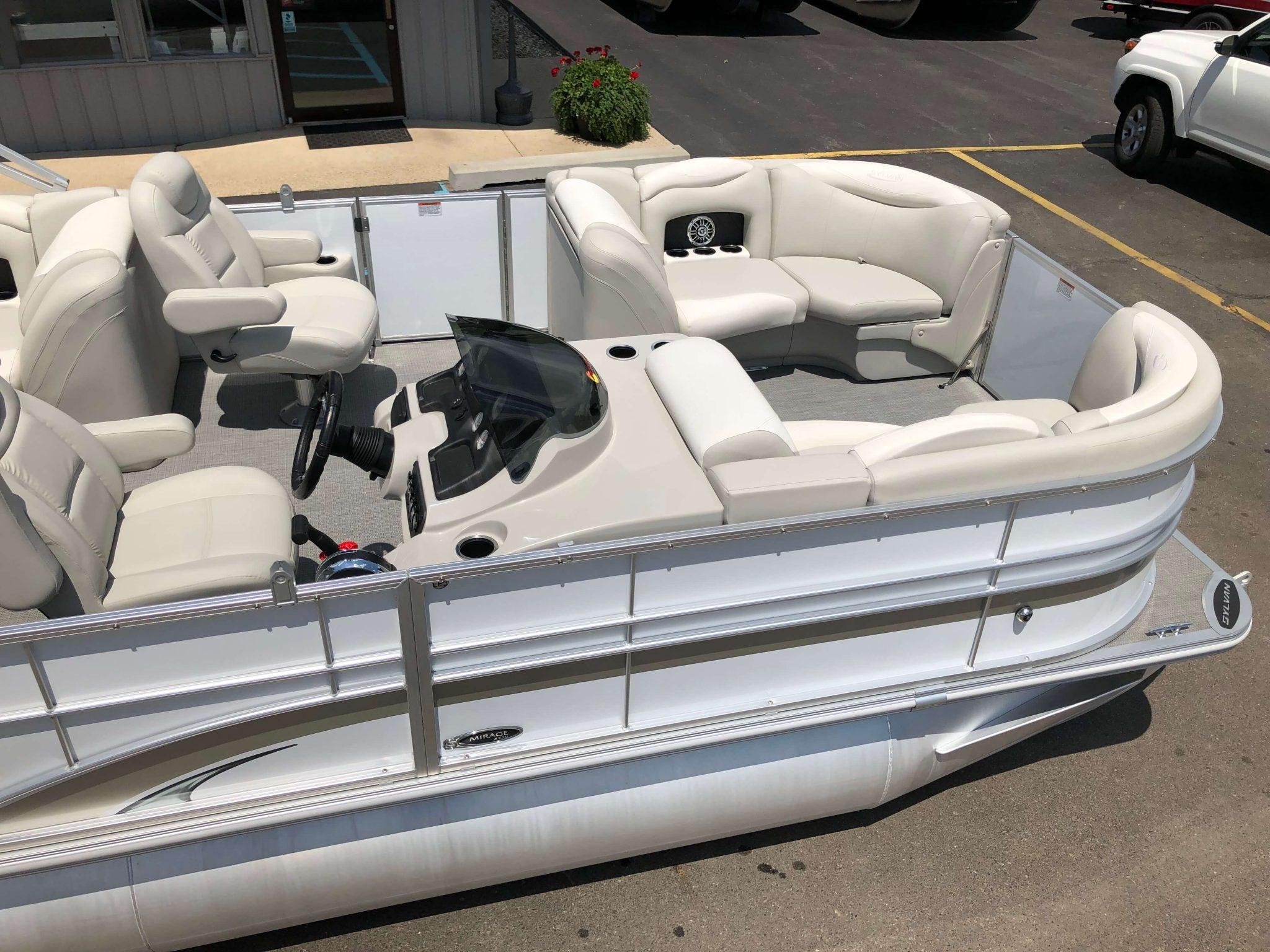 2016 Sylvan 8520 LZ LES Pontoon Boat 3