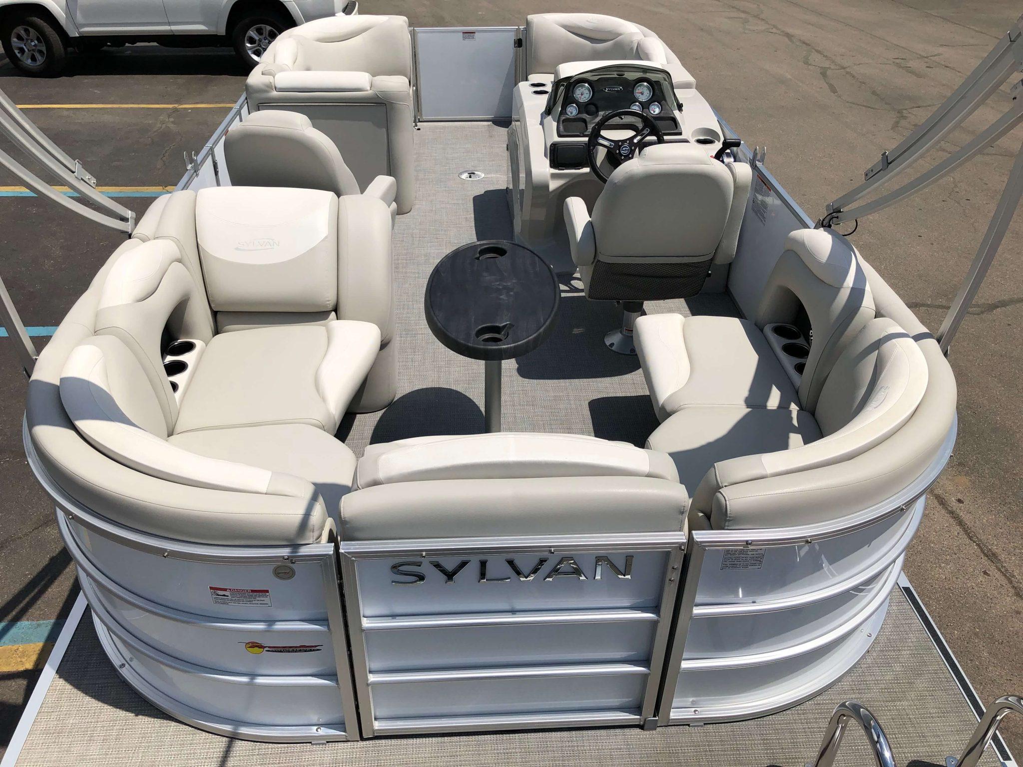 2016 Sylvan 8520 LZ LES Pontoon Boat Layout 2