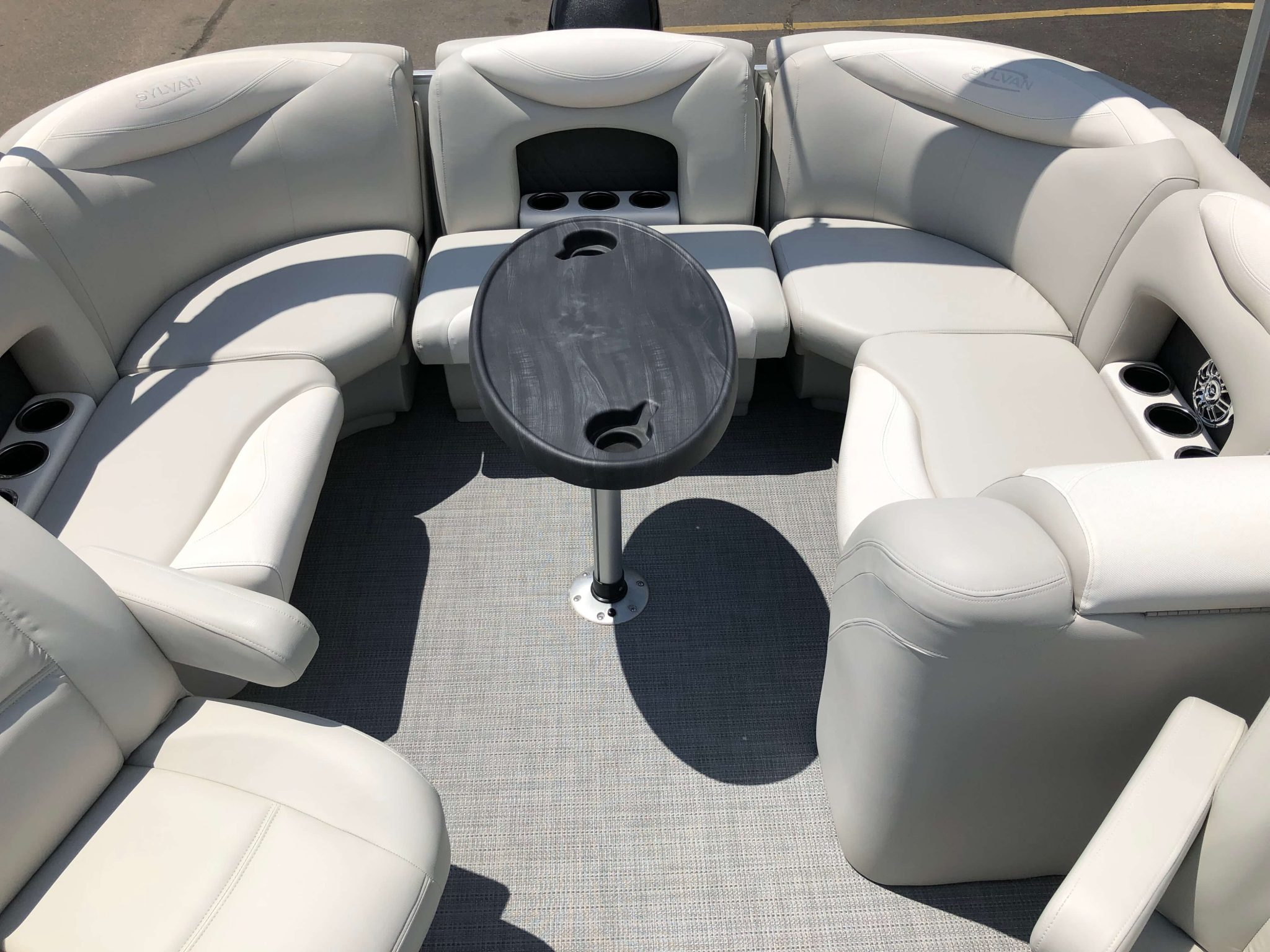 2016 Sylvan 8520 LZ LES Pontoon Boat Layout 3