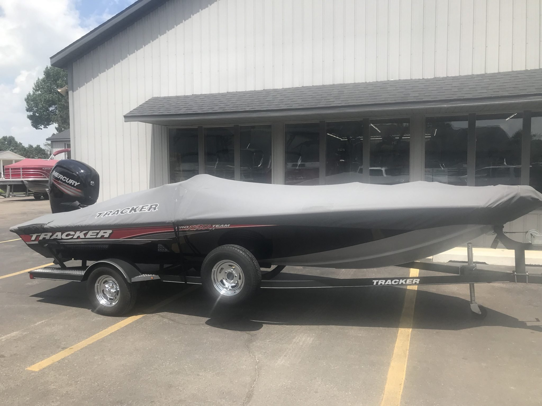 2017 Bass Tracker Pro Team 190TX Fishing Boat 26