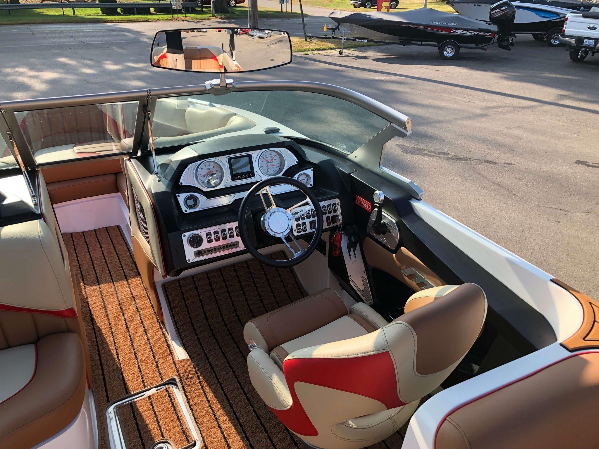 2018 MB B52 23 Wake Boat Layout 5
