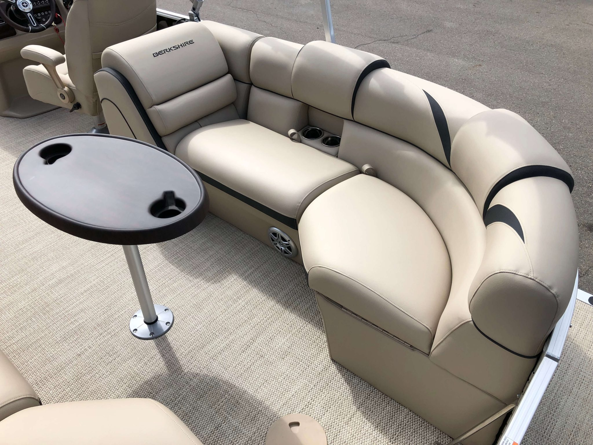 2019 Berkshire 23RFX STS Pontoon Boat Seating 1