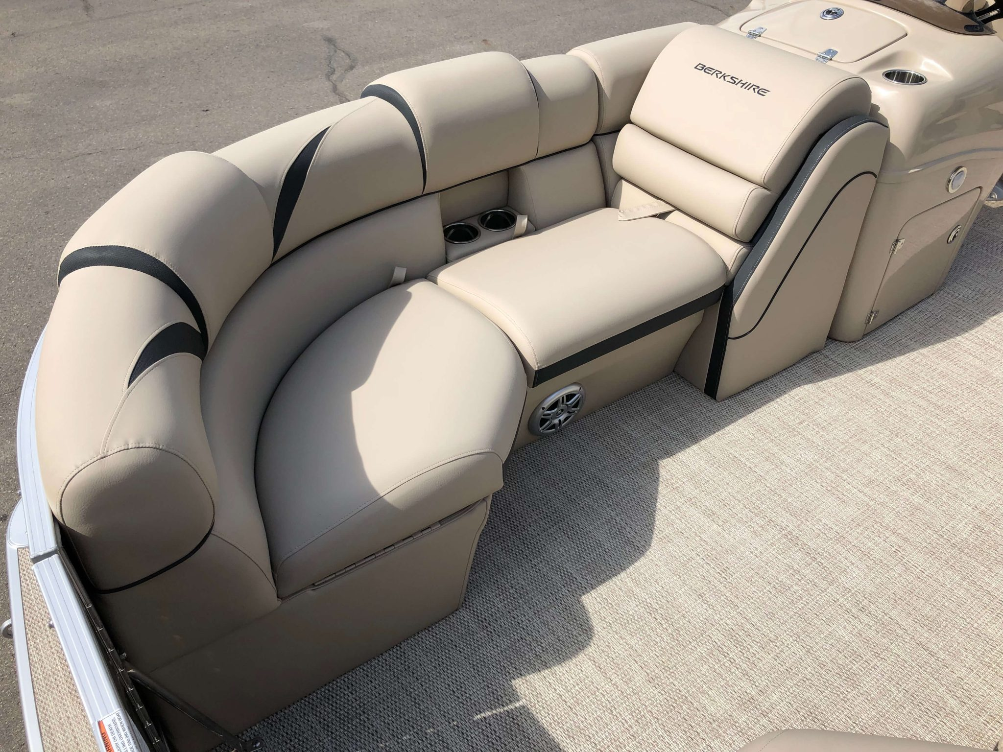 2019 Berkshire 23RFX STS Pontoon Boat Seating 4