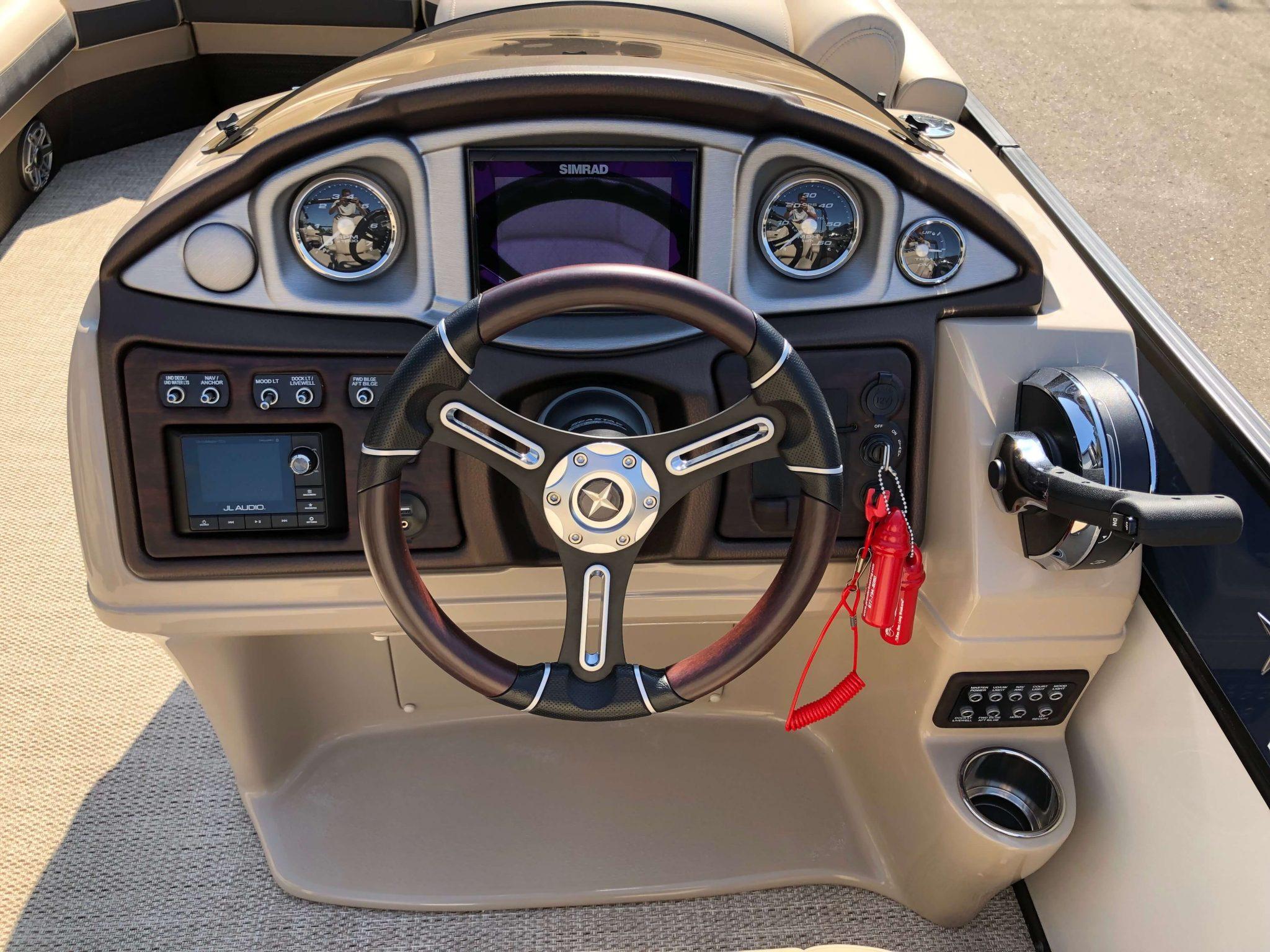 2019 Berkshire 25RFX STS Luxury Tritoon Dash 2
