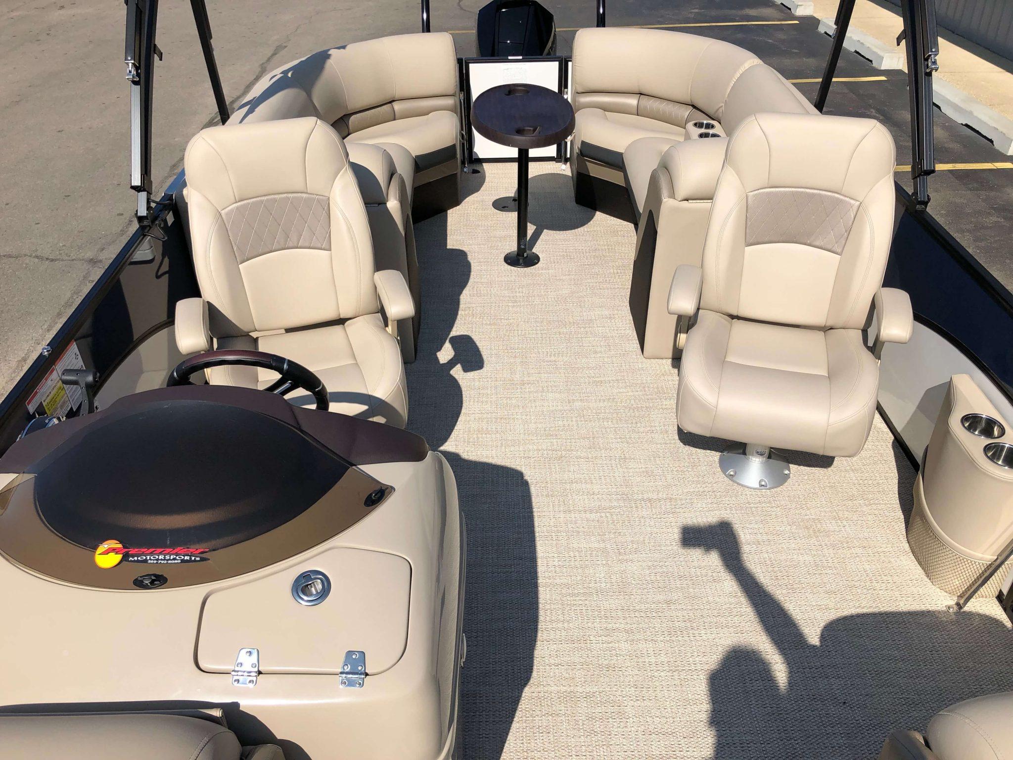 2019 Berkshire 25RFX STS Luxury Tritoon Layout 3