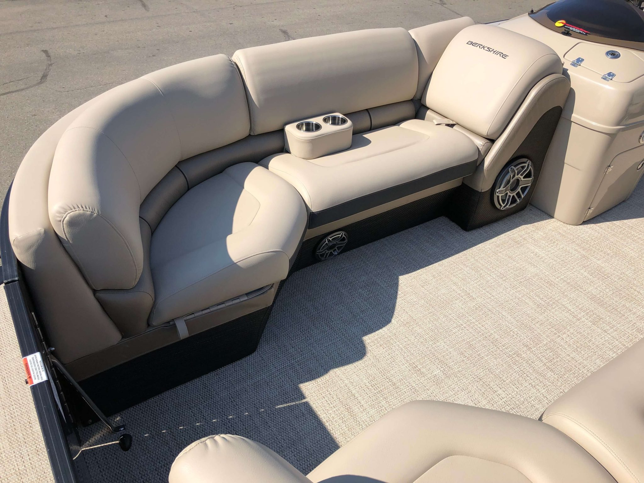2019 Berkshire 25RFX STS Luxury Tritoon Seating 3