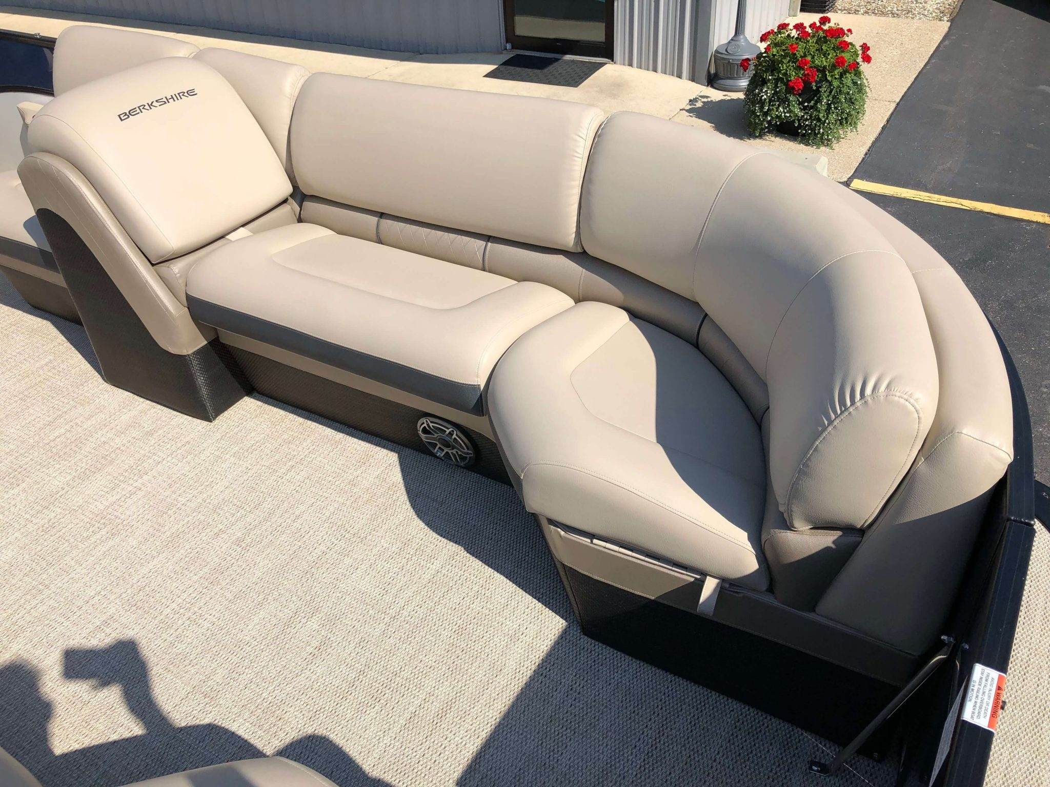 2019 Berkshire 25RFX STS Luxury Tritoon Seating 4