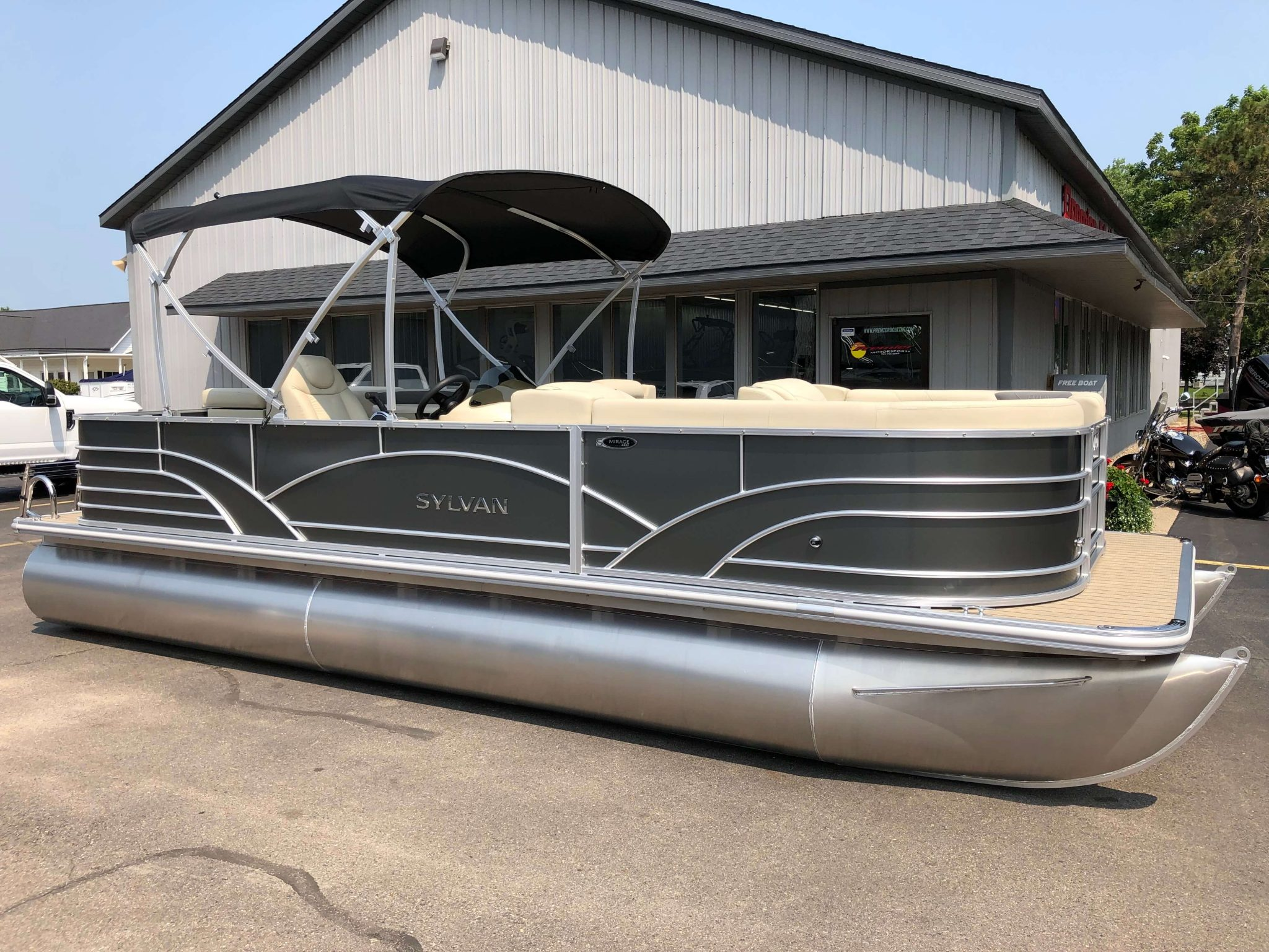 2019 Sylvan 8522 Cruise Carbon Pontoon Boat 6