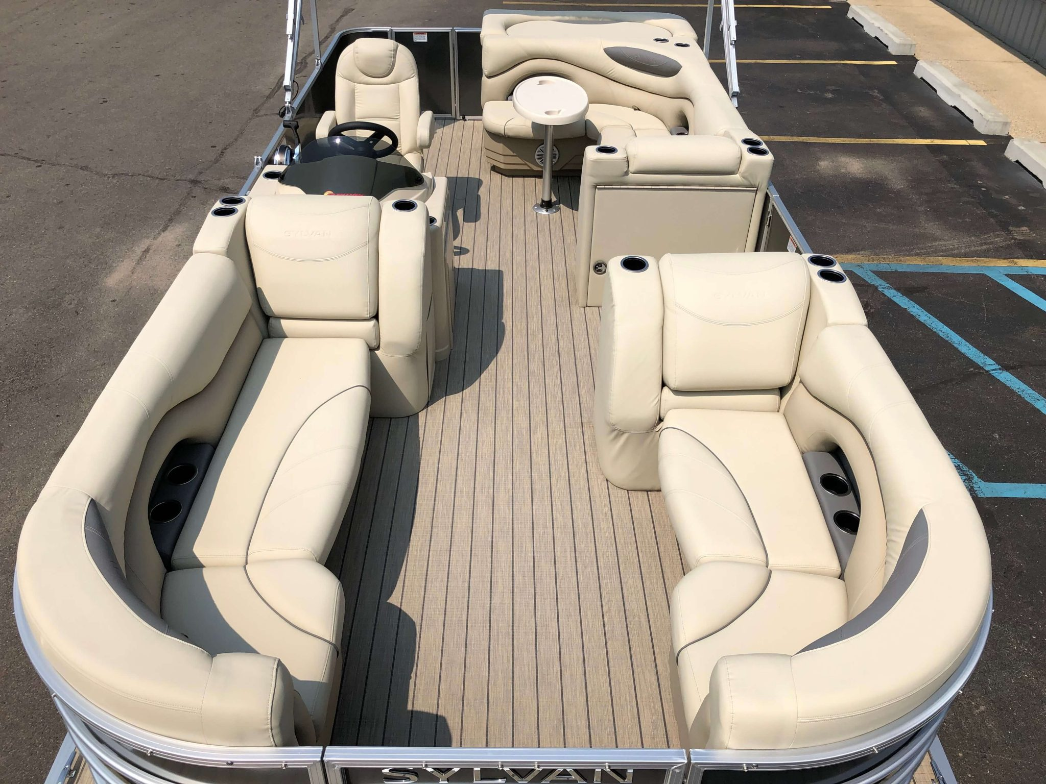 2019 Sylvan 8522 Cruise Carbon Pontoon Boat Layout 1