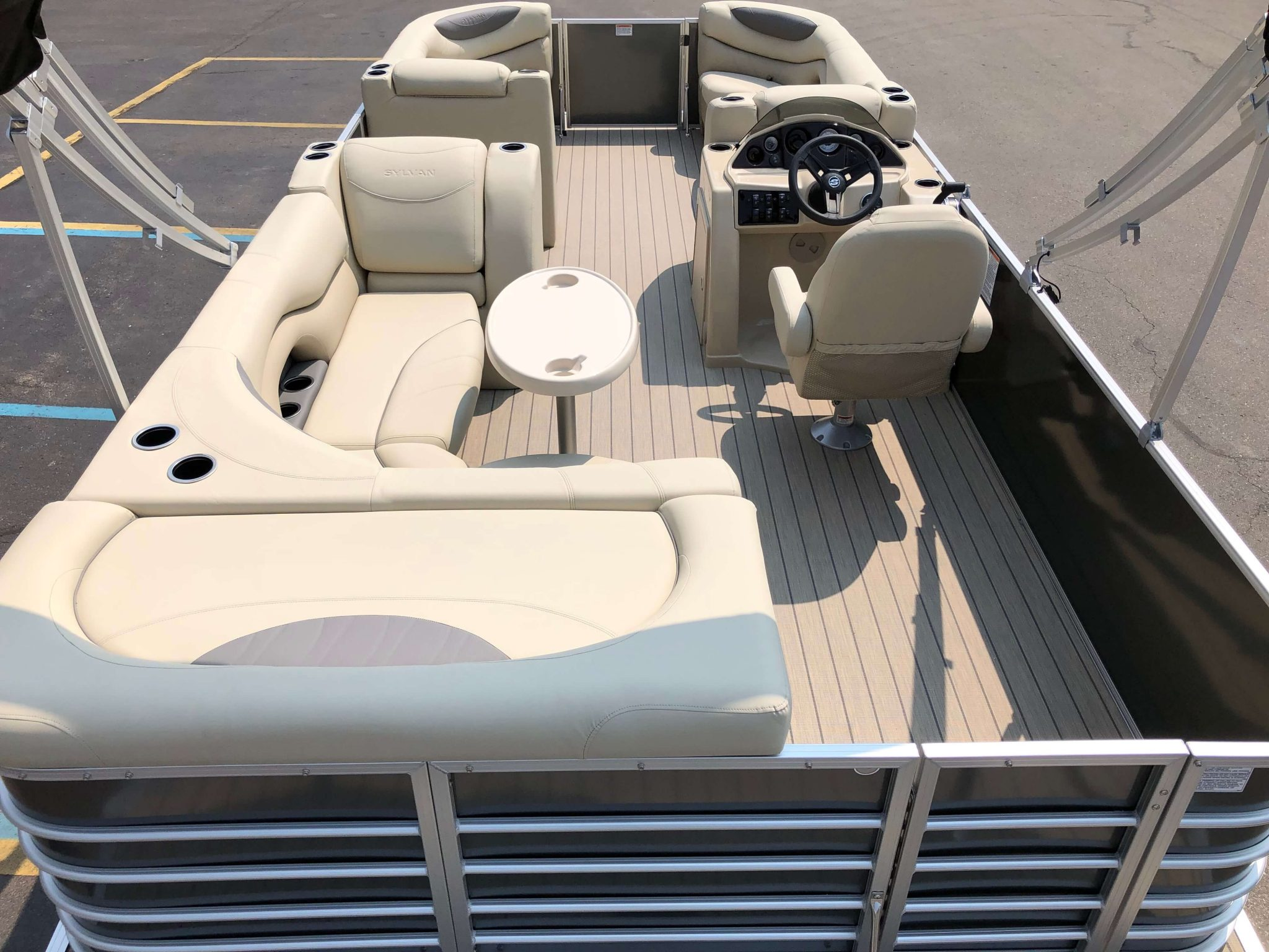 2019 Sylvan 8522 Cruise Carbon Pontoon Boat Layout 2