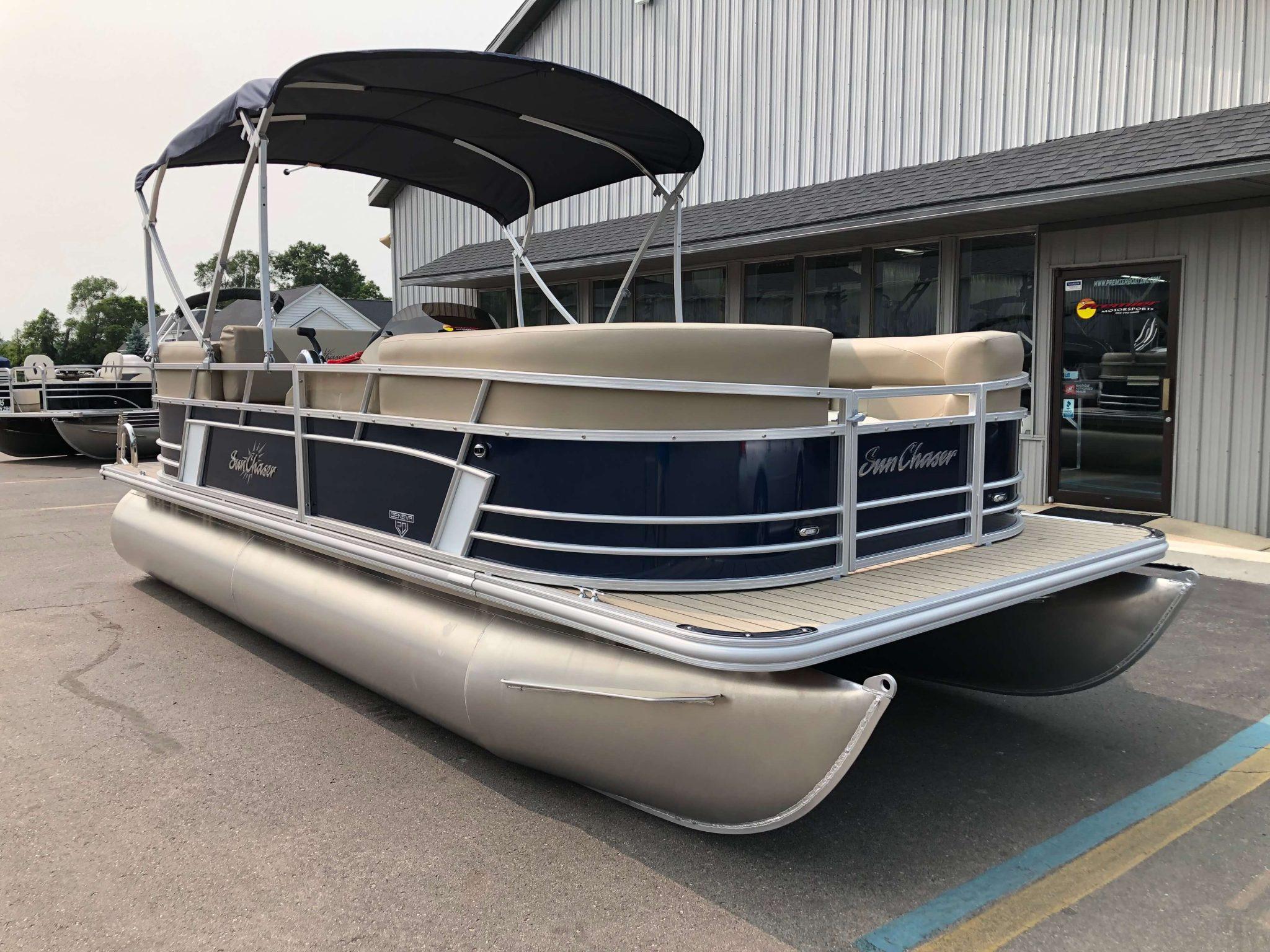 2019 Sunchaser Geneva 20 LR SB Blue White Exterior 3