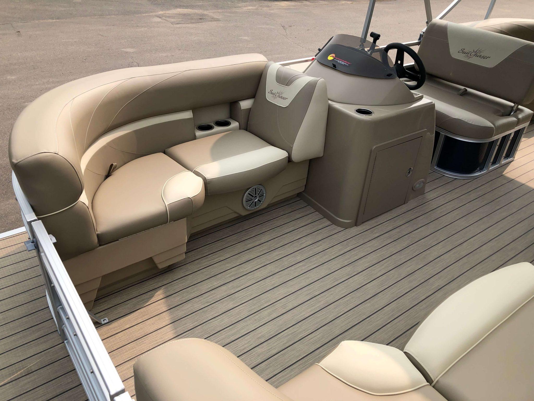 2019 Sunchaser Geneva 20 LR SB Blue White Interior 2