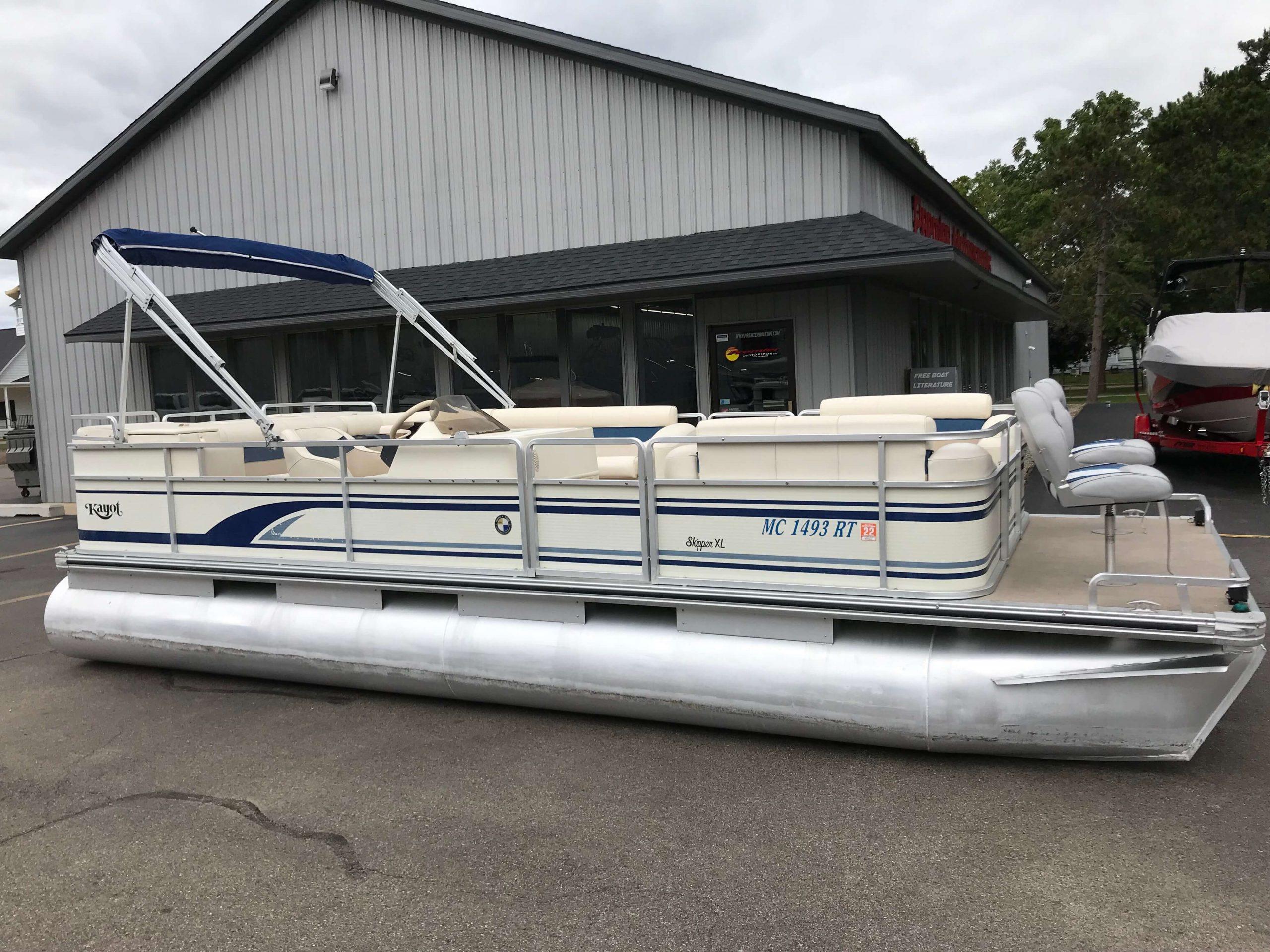 1998 Harris Kayot Skipper XL Pontoon Boat 14