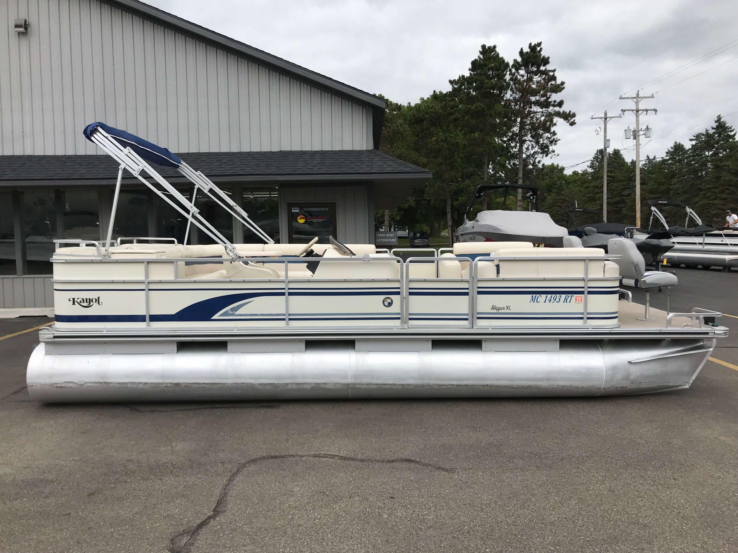 1998 Harris Kayot Skipper XL Pontoon Boat 15