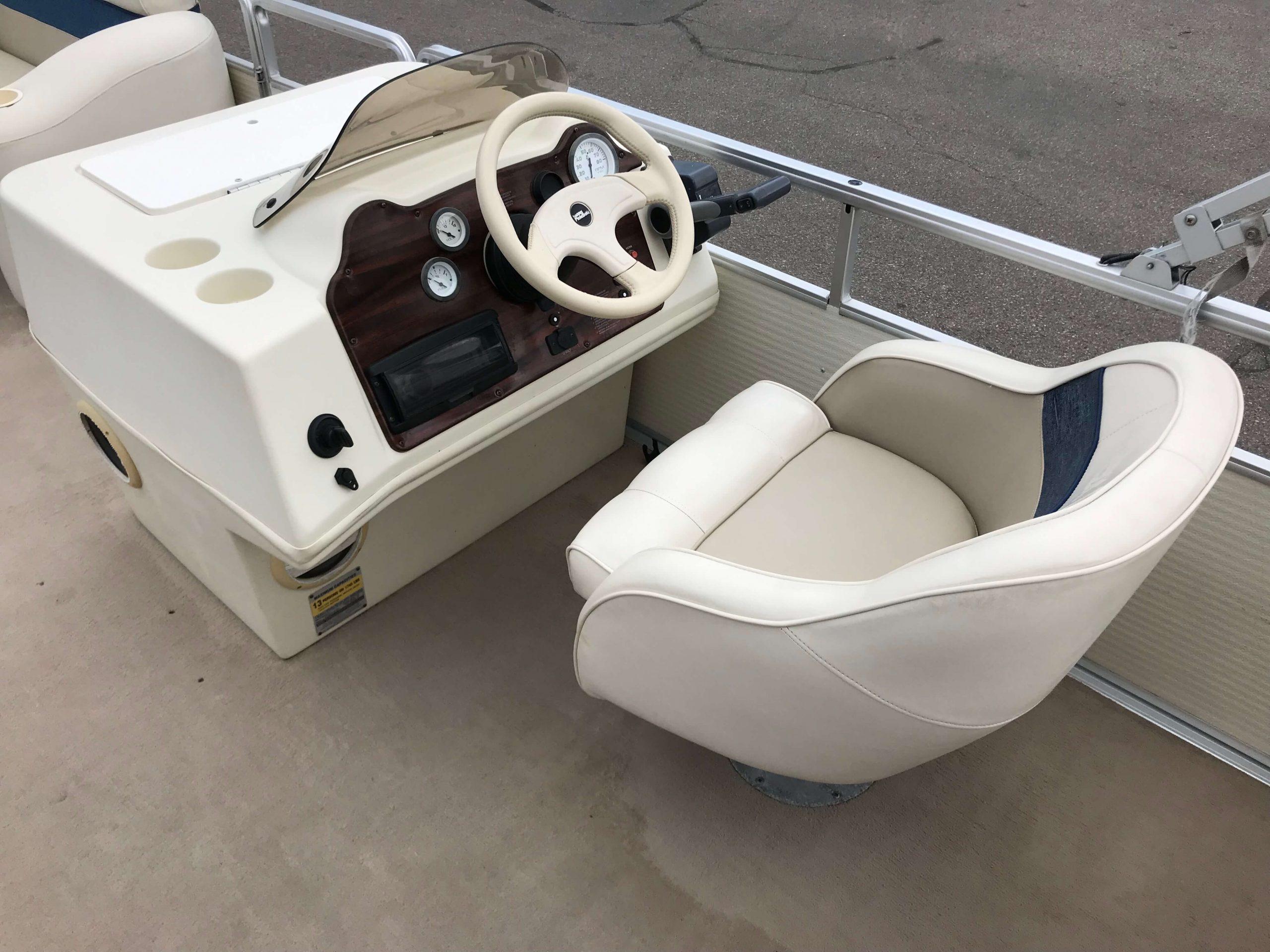 1998 Harris Kayot Skipper XL Pontoon Boat 9