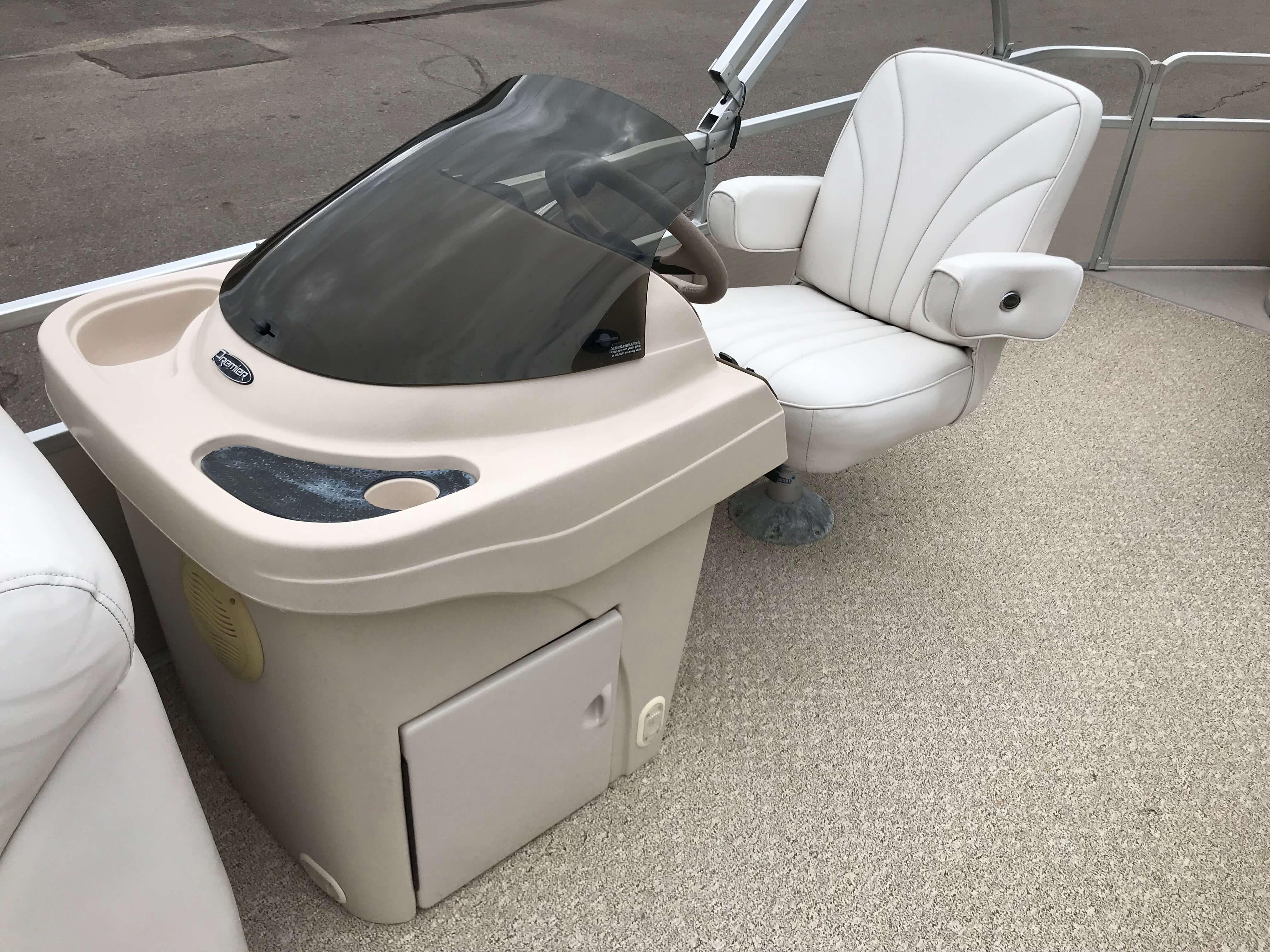 2005 Premier 225 Sunsation RE Pontoon Boat 10